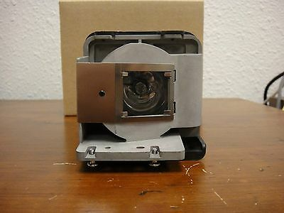 BenQ 5J.J0605.001 Replacement Projector Lamp Bulb MP780 ST