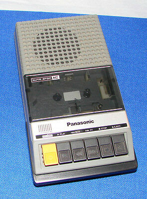 vintage PANASONIC RQ-2105 CASSETTE TAPE RECORDER with MIC