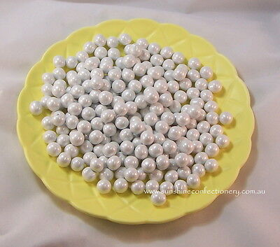 SIXLETS  - CANDY CHOCOLATE BALLS  -  WHITE  -  400 GRAMS Post Included