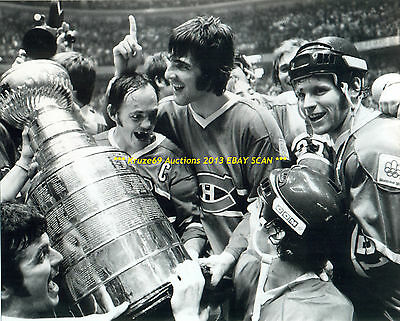SAVARD~COURNOYER~JARVIS Celebrate 1976 STANLEY CUP 8x10 Photo MONTREAL CANADIENS