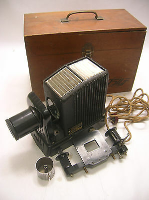 Vintage Slide Film Projector in Original Wooden Box Japanese