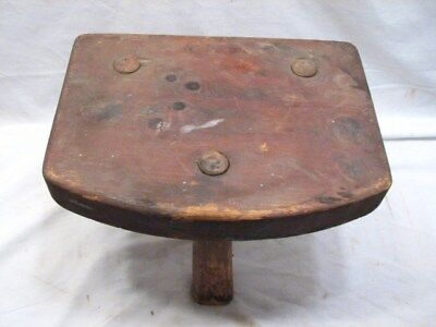 Primitive 3-Leg Rough Sawn Milking Stool Farm Foot Rest Wood Tool B