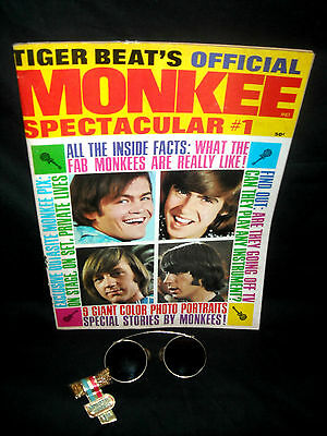 """The Monkees- Vintage """"MonkeeShades"""" Glasses w/ TigerBeat Magazine Glasses Offer!"""