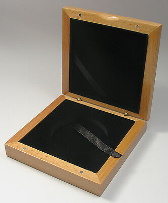 Wooden box wood case for 1 coin or medal 55 mm