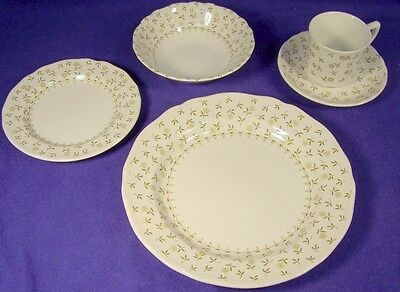 J&G Meakin Blossom Time 5-Pc Place Setting Unused