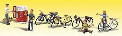 NEW Woodland Scenics Bicycle Buddies O A2752