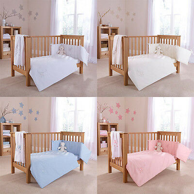 Clair de Lune Starburst 2 Piece Cot Bed Quilt & Bumper Bedding Set