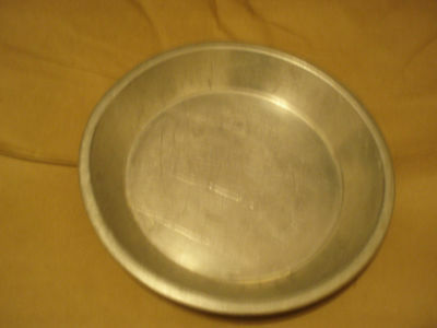WEAR-EVER ALUMINUM PIE PAN No. 283 1/2 MADE IN USA 8""