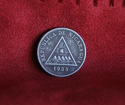 Nicaragua 5 Centavos 1935 Copper Nickel World Coin KM12 Central America Pyramid