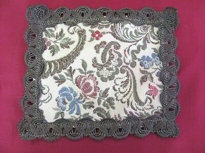 Vintage Embroidered Decorative Table Under Vase Mat
