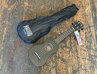Mahalo Soprano Ukulele Black With Matching Case Uk Seller