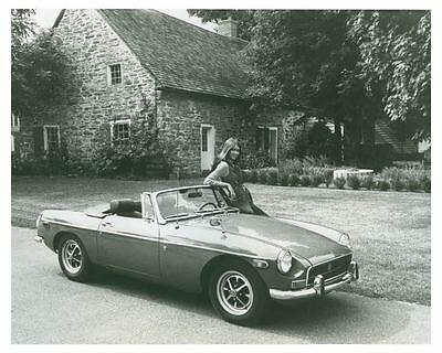 1971 MGB Convertible Automobile Photo Poster zch4519