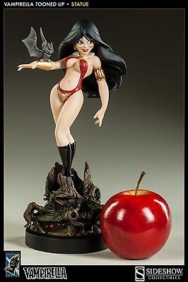 Vampirella Tooned Up Sexy Maquette Statue Electric Tiki Sideshow