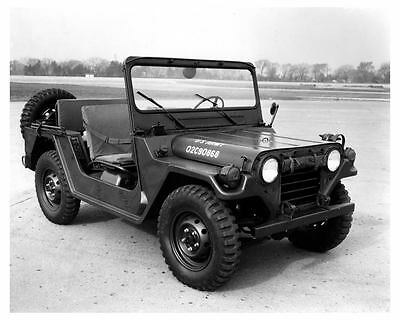 1970 ? Military Jeep M151A2 Photo Poster zuc6812