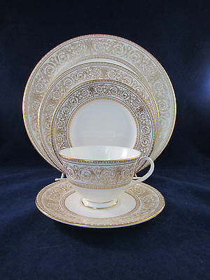 SET OF FOUR - Royal Doulton SOVEREIGN 5pc Place Settings (s)