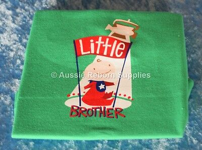 Little Lil BROTHER Boys T Shirt Size 0000 New Baby Arrival Bright Bots NEW