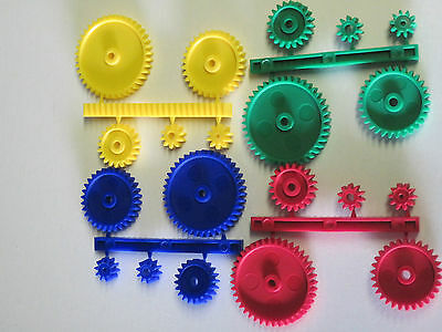 Pack Of 5  Plastic Gears Cogs And Gear Rack Various Colours
