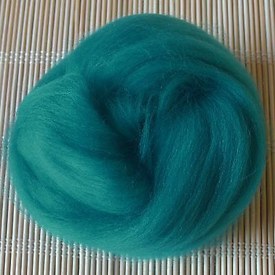 100g Merino Wool Tops 64's Dyed Fibres - Turquoise - Felt Making and Spinning