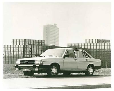 1976 Audi 100 Automobile Photo Poster zch5484