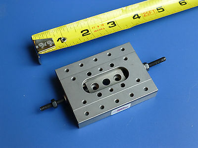 Newport / Micro-Controle M-UMR5.25A Linear Translation Stage