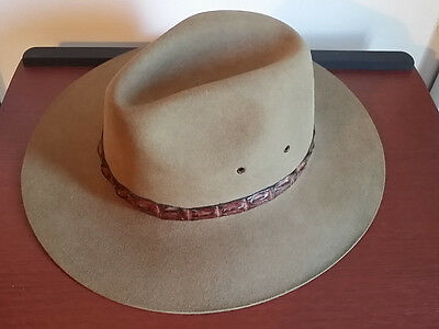 NEW: Akruba Austrailian Collabah Hat Size US: 7 Metric: 56 FREE SHIPPING