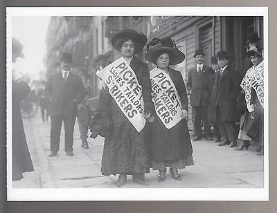 WOMEN TAILORS PICKET LINE NYC 1910 Strike PHOTO POSTCARD