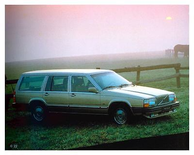 1982 Volvo 760 Station Wagon Automobile Photo Poster zuc7312