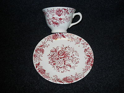 Taylor Smith Taylor Red  Transfer TST610 Cup & Saucer Center Bouquet