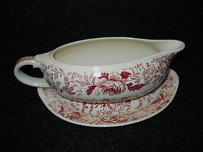 Taylor Smith Taylor Red  Transfer TST610 Gravy Boat Center Bouquet
