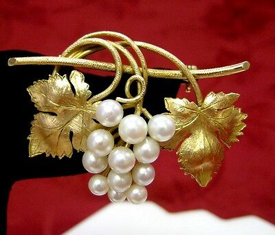 Gorgeous 14K Yellow Gold 585 Vintage Pearl Grape Vine Leaves Leaf Pin Brooch