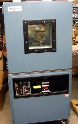Russell Environmental Chamber GB-8-105-105 TESTED