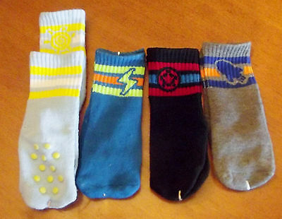 Set Of 4 Boys Crew Socks With Gripper Dots New