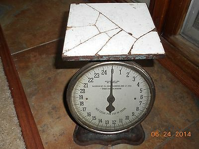 Antique American Cultry Co,Chicago, Counter top,25LB, Scale. Patent date1912