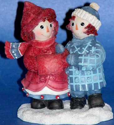 Enesco, Raggedy Ann & Andy, To Have a Friend, Winter resin figurine # 709050