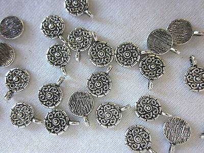 10 Small Silver Coloured 11x9mm Medallion Charms #ch1502