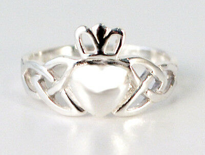 Sterling Silver Irish Claddagh Ring Celtic Heart Band Size 6, or 8 - Gift Boxed