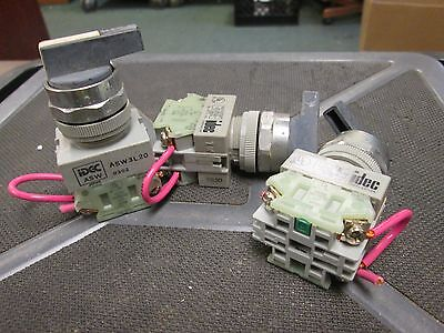 IDEC  Selector Switch  ASW3L20  120-600VAC  3 Position  **Lot of 3** Used