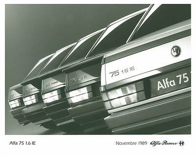 1990 Alfa Romeo 75 Automobile Photo Poster zch5613