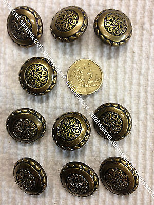 10 x PLASTIC BUTTONS with GOLD BRASS CHINESE  - 22mm  - #B838