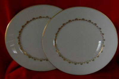 "Oxford ""Milburn"" Set of 2 -8"" Luncheon Plates Excellent condition"