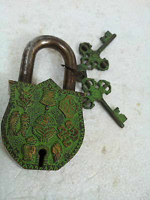 Rare Vintage Traditional Hand Crafted Brass padlock /working /Unique Key/BRS EHS
