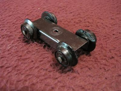 S American Flyer Pilot 4-Wheel Assembly - Wheels Cracked