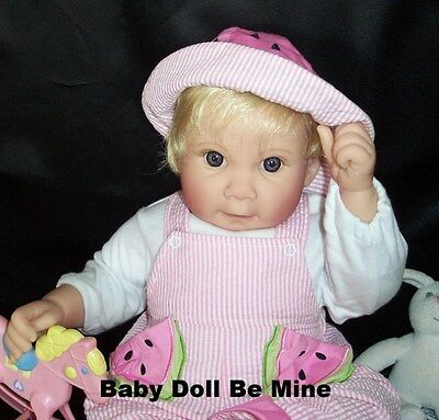 New In Box Lee Middleton * Summer Treat * Baby Doll Blonde Hair Blue Eyes