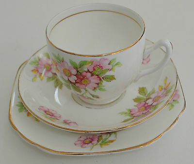 Duchess # 532, Floral Trio, Cup, Saucer & Plate, Beautiful Estate Item (#2)
