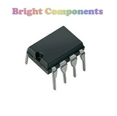 10 x LM393 Dual Voltage Comparator IC (393, LM393N) - DIP/DIL8 - 1st CLASS POST