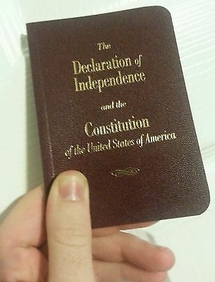 5 Round Pocket Size United States Declaration Of Independence & The Constitution