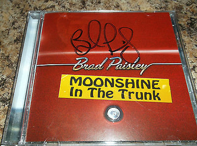 Brad Paisley Autographed MOONSHINE IN THE TRUNK compact disc Cd