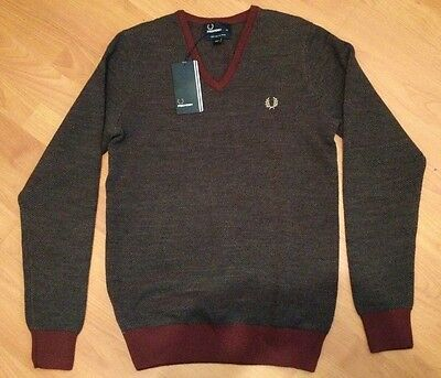 Brand New Fred Perry Birdseye V-neck Sweater wool NWT Authentic Laurel Wreath