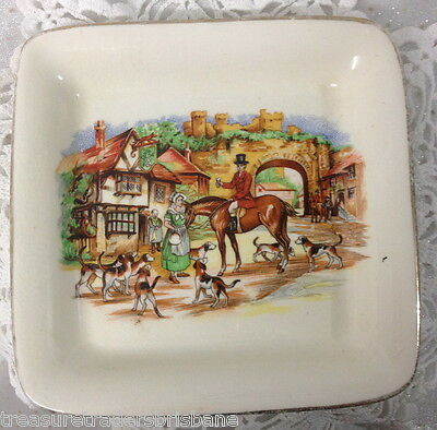 SANDLAND ENGLAND SQUARE BUTTER PIN DISH DEPICTING MAN ON HORSE HUNTING DOG SCENE