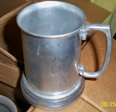 Rare Vintage Esso Exxon Put a Tankard in Your Tiger  Drinking Glass Holder F/S!